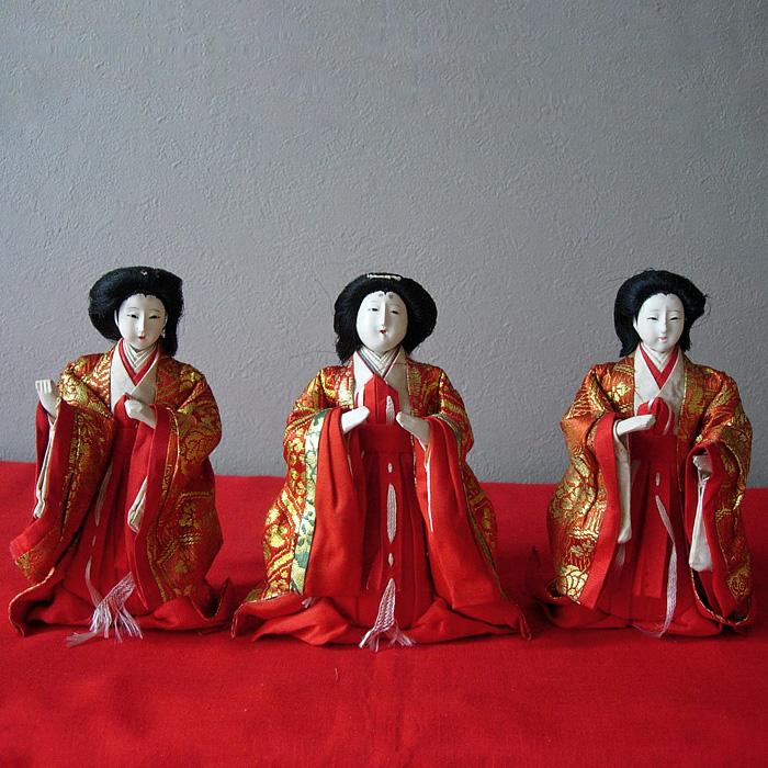 130-265 6 petites poupées