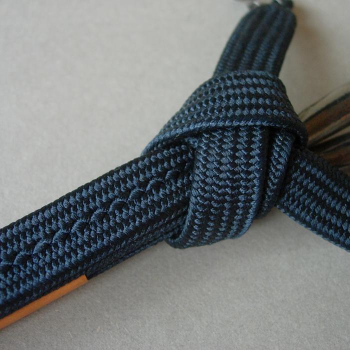 130-33 Cordelette bleue