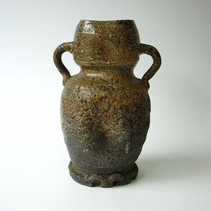 198-54 Vase